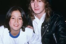 Sean Lennon and Julian Lennon ♥  John Lennon's two son's