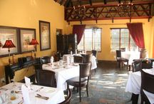 Restaurant - Thaba Tshwene Game Lodge / Thaba Tshwene's Restaurant has a certain finess. We are committed to ensuring that your dining experience will be a pleasurable and memorable occasion