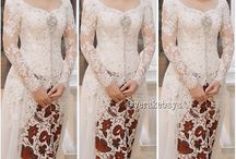 Kebaya / Traditional Indonesia dress