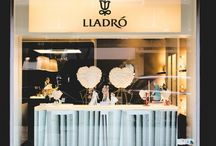 Lladró – история и современность / Первым шагом на пути к созданию известной на весь мир фабрики для братьев Хуана, Хосе и Висента Йадро (Lladró) стала экспериментальная арабская печь в их же доме в городке Альмассера в Валенсии.