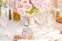 wedding ideas / by Andrea Suaste Nájera