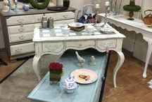 Fresh Beginning Decor / Home decor including vintage, painted furniture and antiques.
