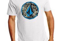 Camisetas Surf para ellos | Surfea como puedas / Camisetas de surf para chicos. Haz clic en la imagen y podrás comprarla si quieres. #Moda #chicos #surf