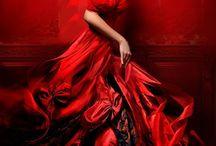 Red, intenso, sedutor, irreverente