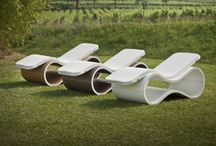 White Mamba / The elegant and contemporary chaise lounge designed by Giovanni Damiani- Arch. Andrea Viganò - Studio d73