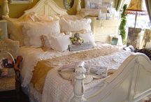 Bedrooms / by Ginger Davies