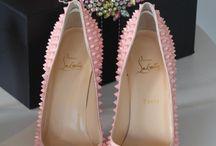 Zapatos,  botas ...