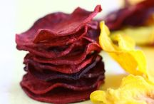 Chips de beterraba e mandioquinha