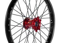 Kite Wheels - The Choice of Champions / Hochwertige Kite Elite Räder, Kite Wheels u.a. in Kombination mit der Excel A60 Felge, die aktuelle Wahl von Tony Cairoli.