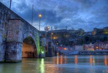 Fleuves et rivieres au Pays des Vallees / La Meuse, majestueuse et sauvage; la Sambre accueillante et riche de son passé industriel, bienvenue dans une région rafraichissante !