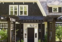 Inviting Exteriors / by Sara Denney