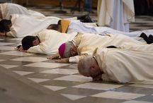 "SPANISH BISHOP TELLS MONKS & PRIESTS TO GET ""ANTI-PEDOPHILE CERTIFICATE"""