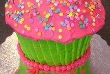 Recipes - Giant Cupcake / by Rebecca Demek