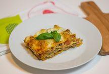 mmcooking.pl / Kulinarne inspiracje w Twoim domu Kulinarny blog zabieganych rodziców małej dziewczynki, gdzie wspólne gotowanie to również miło spędzony czas. Łącząc przyjemne z pożytecznym chcemy się podzielić naszymi pomysłami na urozmaicenie codziennych dań.  Magda&Maciek