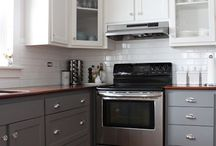 Trend: Two-Toned Cabinets