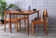 INSPIRATION | Dining Room / Inspiration about dining room, home decor, dining table, interior and furniture.  Lebih dari sebagai tempat menghabiskan makanan, meja makan adalah tempat untuk berbagi cerita bersama keluarga setelah seharian berada di luar rumah. Memilih meja makan yang tepat adalah hal yang sulit. Dimulai dari bahan baku dan desain. Dari sisi desain, meja makan minimalis dapat dijadikan pilihan karena desainnya yang simple sehingga mudah untuk dipadukan dengan kursi makan.