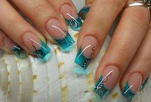 Make Up , Hair , Nails / by Jessica Gaona-Luna