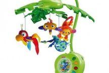Zabawki i rozwój / Zabawki mają za zadanie w głównej mierze rozwinąć u dziecka zdolności manualne i intelektualne, dlatego też trzeba z głową kupować zabawki dla dzieci