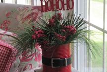 Chirstmas Crafts / DIY / by Barbie Rodes