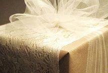 chrismats gift wrapping paper