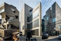 Neo-Brutalizm po ruchu modernistycznym / Nowy trend  Korei Południowej oprawa geometrycznych, betonowych budynków w wszystkich gatunkach.  Neo-Brutalizm, po ruchu modernistycznym , który rozprzestrzeniał się pod koniec lat pięćdziesiątych do lat siedemdziesiątych, w którym surowy beton miał wyrazić prawdę i uczciwość. Obserwacja  doprowadziła  do uchwycenia tego zjawiska w o serii zdjęć - fotografii  tych projektów, która jako całość odkrywa przekrój tej tendencji w architekturze miasta.
