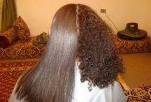 Les cheveux bouclés