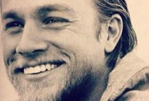 Ahhhh Charlie Hunnam !  / by Twinkle Time