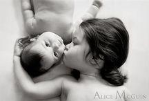 newborn se sourozencem