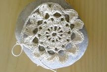 pretty crochet stones