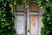 secret garden doorway