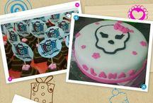 Meus Bolos / Bolo para festa tema: Monster High