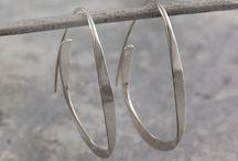 Curl Earrings / #Otisjaxon #Jewellery #Curl #Earrings