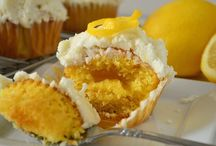 cakes and cupcake favorites