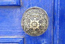 Doors / Puertas