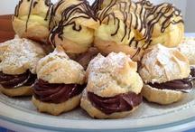 Bignè con crema pasticciera e mousse di cioccolato / Bignè con crema pasticciera e mousse di cioccolato