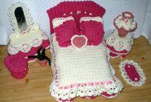mobili bambole uncinetto e stoffa