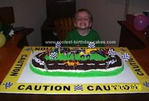 Racing themed cakes