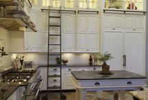 Kitchens / by Amy Thompson