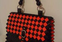 borsa nera e rossa