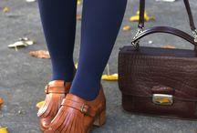 muita kenkiä ja laukkuja