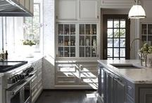 Beautiful Kitchens / by Kimberly Mazzo