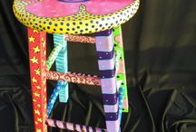 χρωματιστά καρεκλάκια