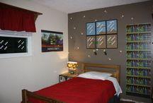 Minecraft Bedroom Ideas / by Sandra Bradner
