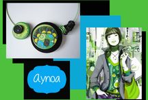 Aynoa / creazioni artigianali realizzate in cartoncino dipinto e decorato a mano, legno, carta, perle......