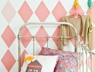 Kids Bedroom Inspirations / Gorgeous spaces to learn, dream and play (Note: The rooms featured on this board have not been created by Twinkle and Whistle, but we love them deeply)