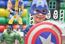 Festa Super-heróis / Dicas de festa infantil no tema Super-heróis. Dicas do blog Mamãe Prática (www.mamaepratica.com.br) e inspirações do Pinterest que amamos.