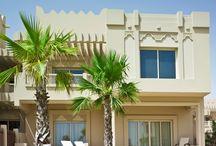 Villas / Adjacent to the hotel, a villa complex provides long or short term accomodation rentals.