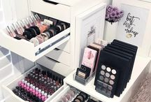 makeup room inspo