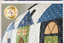Block of the Month & Clubs / Block of the Month Programs & Clubs - Applique, Pieced, Laser-cut - Join the fun today, and look forward to a surprise in your mailbox every month!