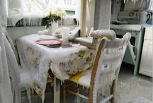CHRISTMAS / interior, decoration, snow, candle, wreath, christmas table